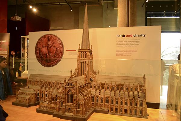 Catedral de St. Paul quemada en el Gran Incendio